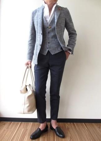 Как и с чем носить: серый пиджак, серый жилет, белая классическая рубашка, темно-синие классические брюки