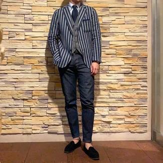 Как и с чем носить: темно-синий пиджак в вертикальную полоску, серый жилет, голубая классическая рубашка, темно-синие джинсы