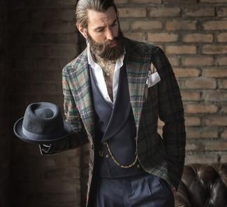 Как и с чем носить: темно-зеленый пиджак в шотландскую клетку, темно-серый жилет, белая рубашка с длинным рукавом, темно-синие классические брюки