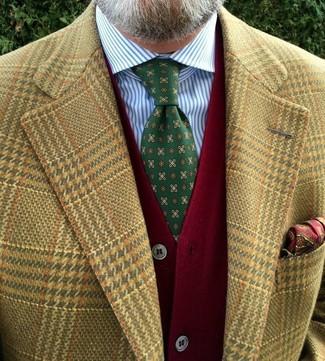 """Как и с чем носить: светло-коричневый пиджак с узором """"гусиные лапки"""", красный кардиган, бело-синяя классическая рубашка в вертикальную полоску, зеленый галстук с принтом"""