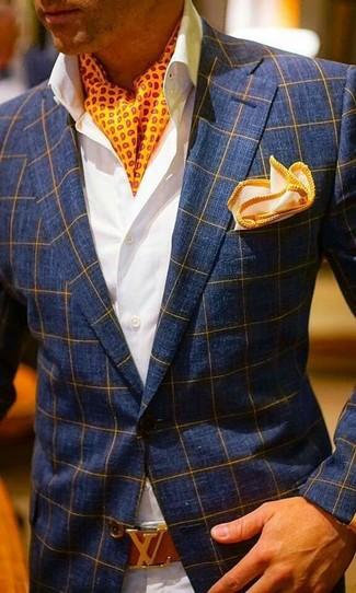 Как и с чем носить: темно-синий пиджак в клетку, белая классическая рубашка, бежевые брюки чинос, оранжевый нагрудный платок