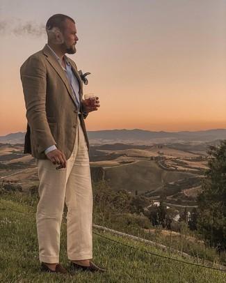 Мужские луки: Комбо из оливкового пиджака и бежевых классических брюк поможет воссоздать изысканный мужской стиль. Переходя к обуви, можно завершить ансамбль темно-коричневыми кожаными лоферами.