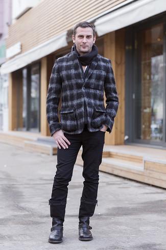 Как и с чем носить: темно-серый шерстяной пиджак в клетку, белая рубашка с длинным рукавом, черные брюки чинос, черные кожаные ботинки челси