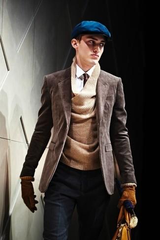 Как и с чем носить: темно-коричневый вельветовый пиджак, коричневый свитер с v-образным вырезом, белая классическая рубашка, темно-синие шерстяные классические брюки