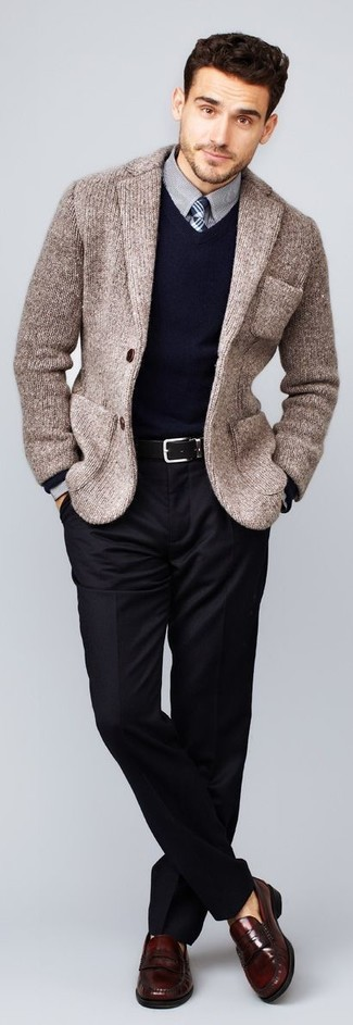 Мужской темно-синий свитер с v-образным вырезом от Alcott