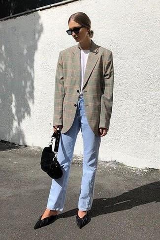 Как и с чем носить: серый пиджак в шотландскую клетку, белая футболка с круглым вырезом, голубые джинсы, черные замшевые туфли