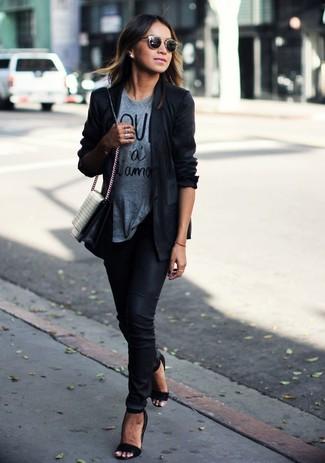 Женский черный пиджак от Stella McCartney
