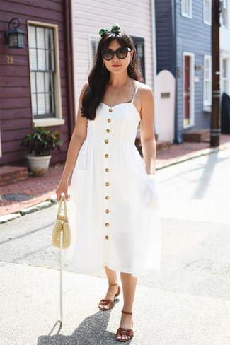 Как и с чем носить: белое платье-миди, коричневые кожаные сандалии на плоской подошве, бежевая соломенная сумочка, темно-коричневые солнцезащитные очки