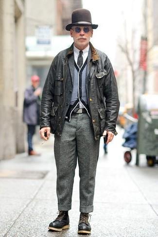 Как и с чем носить: черная полевая куртка, темно-серый шерстяной пиджак, черно-белый кардиган, белая классическая рубашка