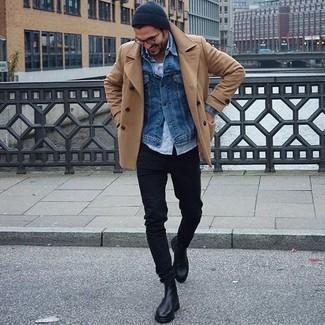 Как и с чем носить: светло-коричневое полупальто, синяя джинсовая куртка, голубая рубашка с длинным рукавом, белая майка