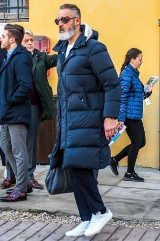 Мужской темно-синий пуховик от Columbia