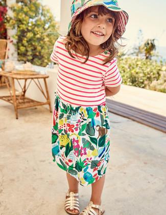 Разноцветное платье с принтом: с чем носить и как сочетать девочке: