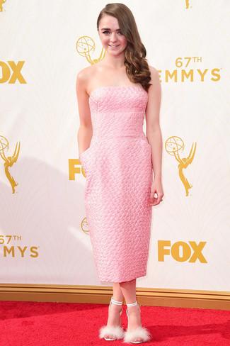 розовое платье миди белые меховые босоножки на каблуке large 13688