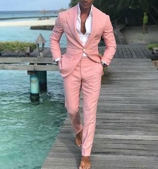 Как и с чем носить: розовый костюм, белая классическая рубашка