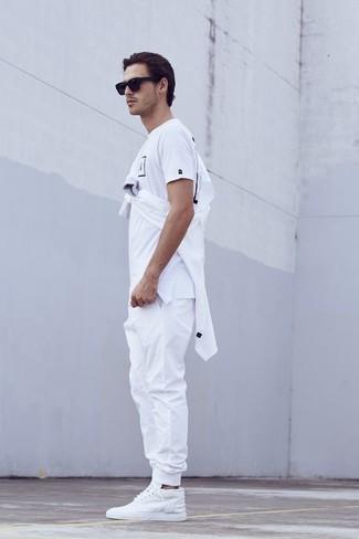 88aca099 Как и с чем носить: белая рубашка с длинным рукавом, бело-черная футболка