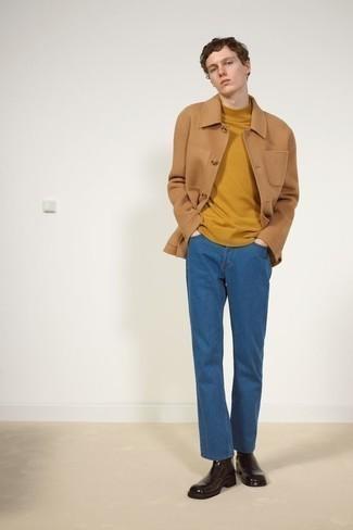 С чем носить синие джинсы мужчине: В паре друг с другом светло-коричневая шерстяная куртка-рубашка и синие джинсы смотрятся наиболее выгодно. Любители свежих идей могут дополнить ансамбль темно-коричневыми кожаными ботинками челси, тем самым добавив в него чуточку классики.