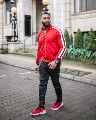 С чем носить черные носки мужчине: Сочетание красного свитера на молнии и черных носков пользуется большим спросом среди ценителей практичного удобства. В паре с этим ансамблем органично будут выглядеть красные кроссовки.