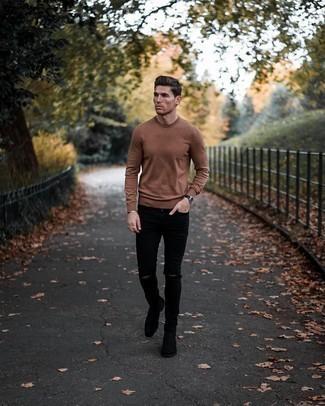 С чем носить черные рваные зауженные джинсы мужчине: Коричневый свитер с круглым вырезом и черные рваные зауженные джинсы помогут создать несложный и практичный ансамбль для выходного дня в парке или вечера в шумном заведении с друзьями. Любители экспериментов могут закончить ансамбль черными замшевыми ботинками челси, тем самым добавив в него чуточку классики.