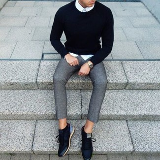 Мужской черный свитер с круглым вырезом от E-Bound