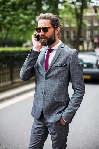 Как и с чем носить: серый костюм в клетку, белая классическая рубашка, пурпурный галстук, темно-зеленый нагрудный платок с принтом