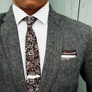 Как и с чем носить: серый шерстяной пиджак, белая классическая рубашка в горошек, черный галстук с цветочным принтом, бело-коричневый нагрудный платок