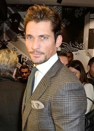 Как и с чем носить: серый шерстяной пиджак в шотландскую клетку, белая классическая рубашка, серый шерстяной галстук