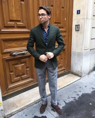 Как и с чем носить: темно-зеленый шерстяной пиджак, темно-синяя классическая рубашка, серые классические брюки, темно-коричневые замшевые оксфорды