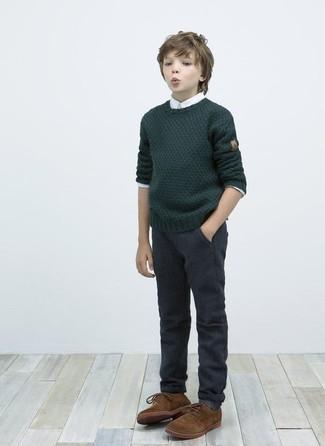 Как и с чем носить: темно-зеленый свитер, белая рубашка с длинным рукавом, темно-серые брюки, коричневые оксфорды