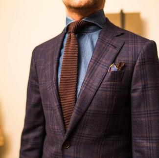 Как и с чем носить: темно-коричневый шерстяной пиджак в шотландскую клетку, синяя джинсовая рубашка, коричневый вязаный галстук, коричневый шелковый нагрудный платок с принтом