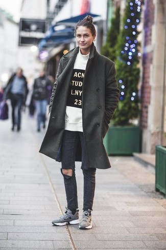джинсы с кроссовками фото женские
