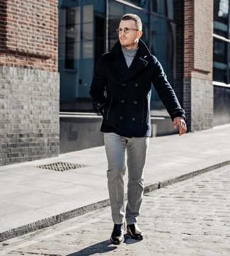 Как и с чем носить: темно-синее полупальто, серая водолазка, серые шерстяные классические брюки, темно-коричневые кожаные ботинки челси
