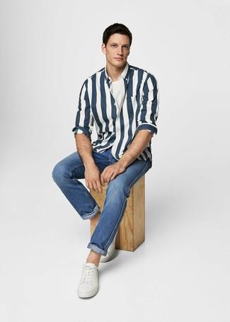 7f4788dcc10 Мужская темно-сине-белая рубашка с длинным рукавом в вертикальную полоску  от Tommy Jeans