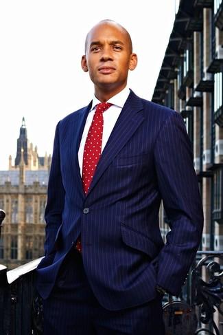 темно синий костюм в вертикальную полоску белая классическая рубашка красный галстук в горошек large 22104