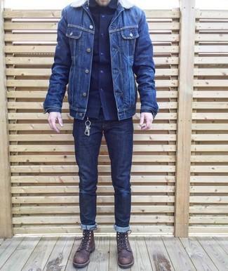 Как и с чем носить: темно-синяя джинсовая куртка, темно-синяя рубашка с длинным рукавом, темно-синие джинсы, темно-коричневые кожаные повседневные ботинки