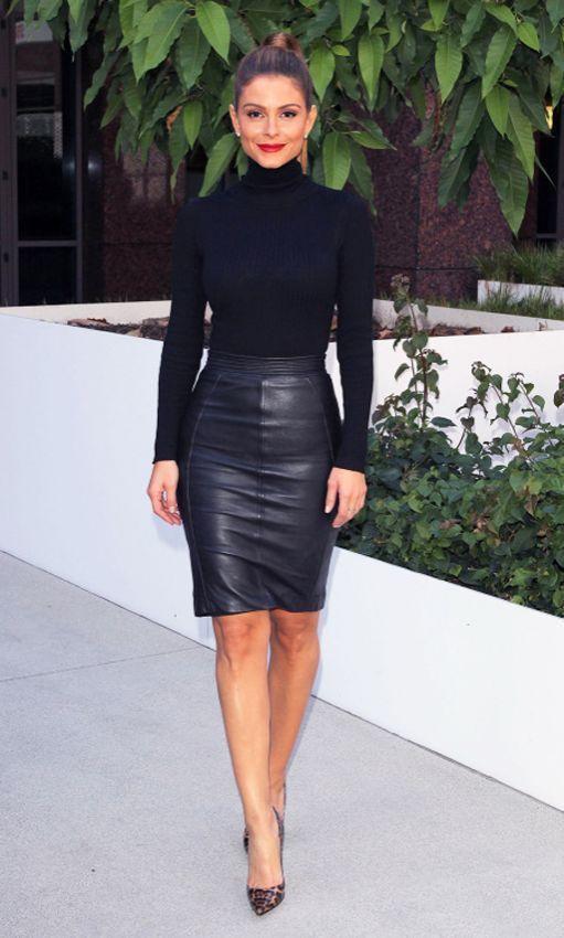 Черная водолазка и черная юбка фото