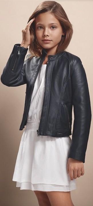 Как и с чем носить: черная кожаная куртка, белое шифоновое платье