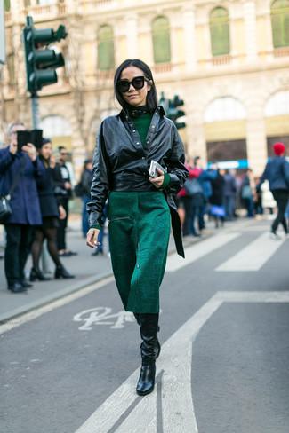 Кожаное темно зеленое платье