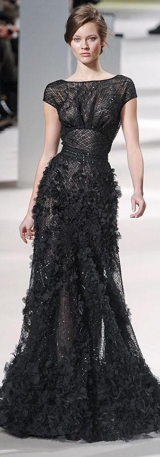 Модный лук: Черное вечернее платье с рюшами