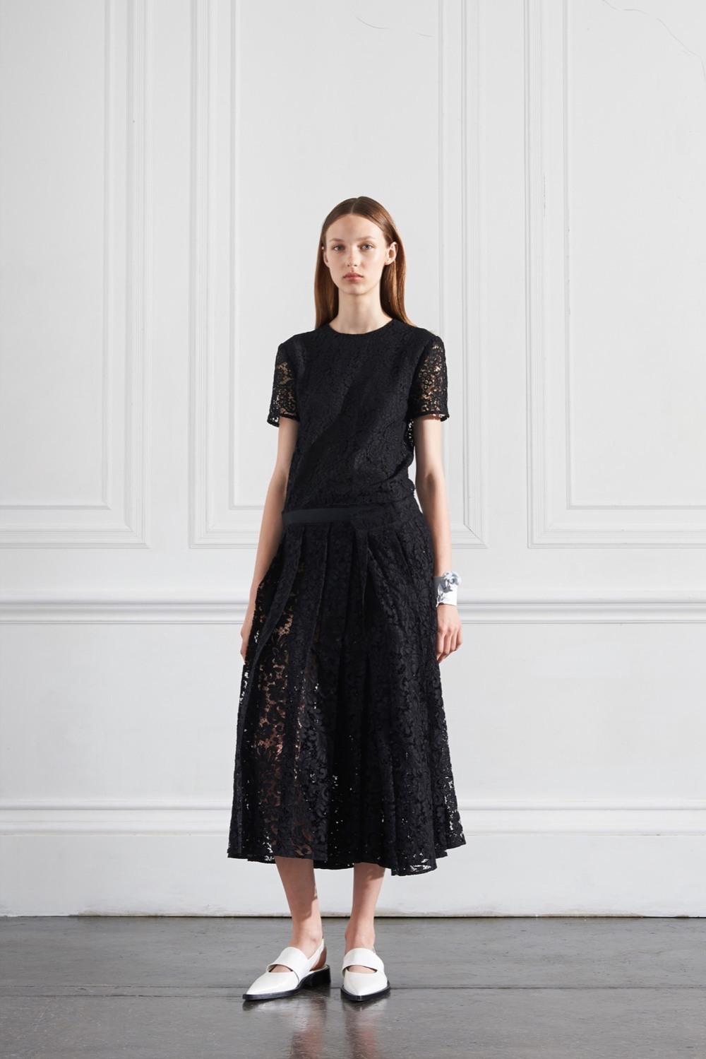 Хочу черное кружевное платье