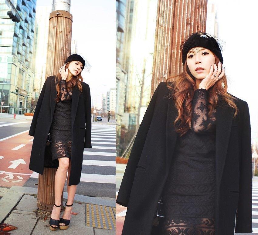 Кружевное пальто с платьем