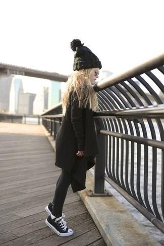 Как и с чем носить: черное пальто, черные кеды, черная шапка, черные колготки
