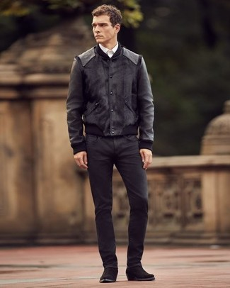 Как и с чем носить: черный кожаный бомбер, белая классическая рубашка, черные джинсы, черные замшевые ковбойские сапоги