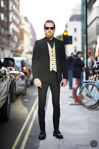 черный костюм бежевый жилет черная классическая рубашка large 547