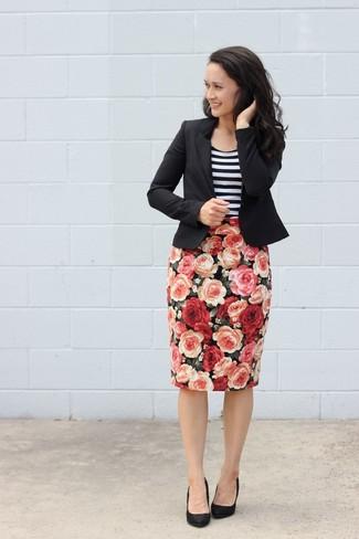cd20a8fb68b С чем носить черную юбку-карандаш с цветочным принтом  Модные луки ...