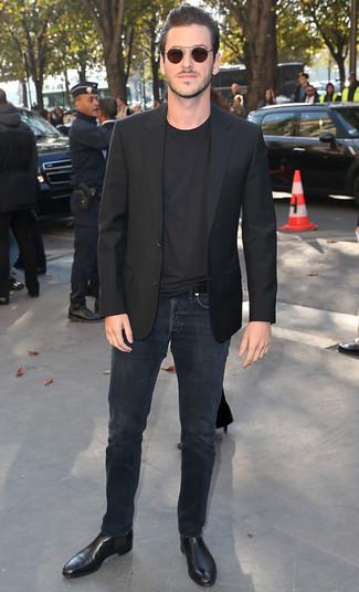 черный пиджак черная футболка с круглым вырезом черные джинсы large 21930