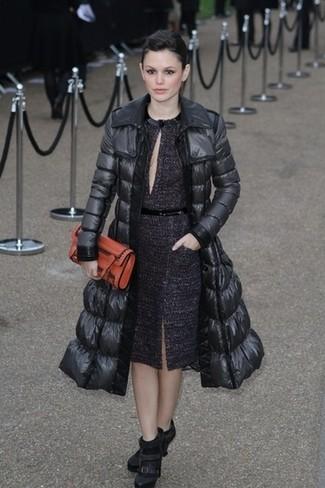 черный пуховик темно пурпурное платье футляр черные ботильоны large 22951