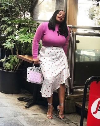 Как и с чем носить: ярко-розовая водолазка, белая юбка-миди в горошек, серебряные кожаные босоножки на каблуке, белая большая сумка крючком