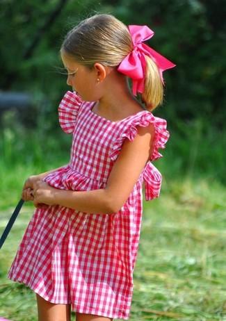 Как и с чем носить: ярко-розовое платье
